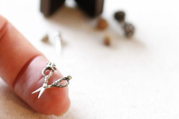 ミニチュア 純銀製 ハサミ silver sewing