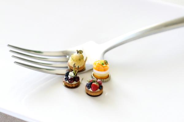 ミニチュアケーキ タルトとムース