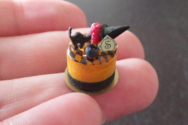 黒猫 魔女の帽子 かぼちゃのムース