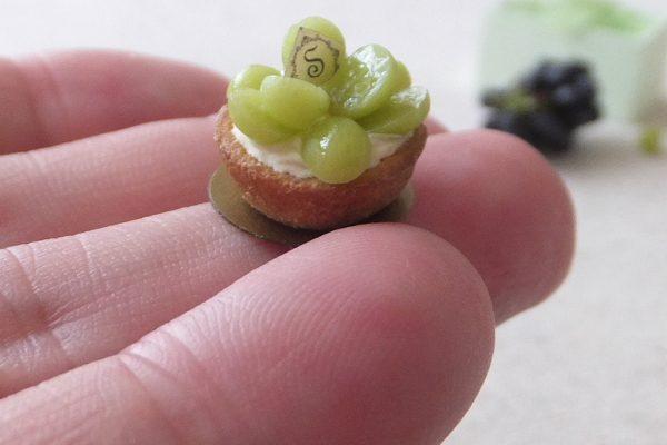 grape ミニチュア ぶどう タルト