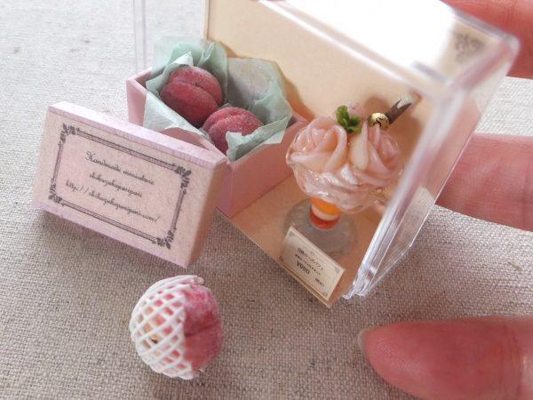 miniature ミニチュア 桃パフェ フェイクスイーツ