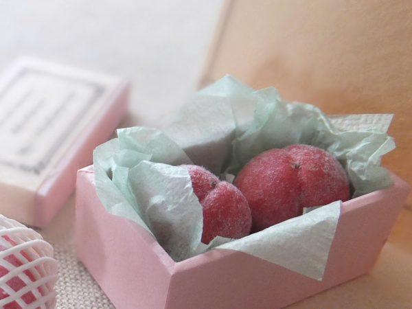 peach ミニチュア 桃 もも 白桃 モモ