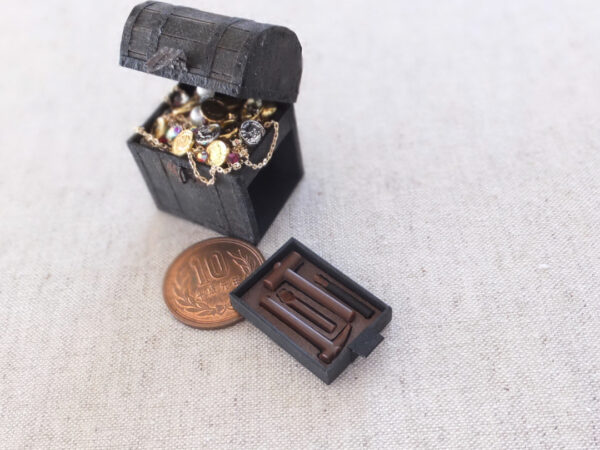 ミニチュア 宝箱 treasure miniature