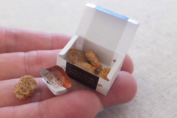 hamburger ミニチュア チキンナゲット