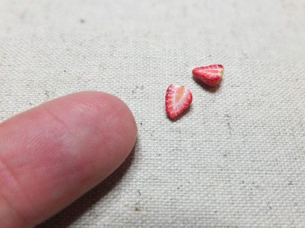 sweet ミニチュア イチゴ いちご 苺