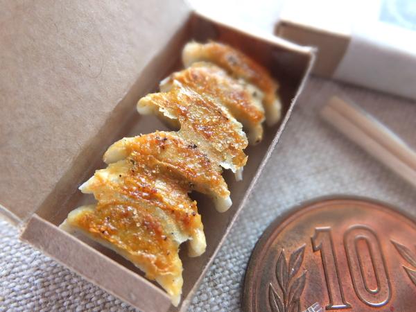 ミニチュア 食品サンプル 餃子 中華