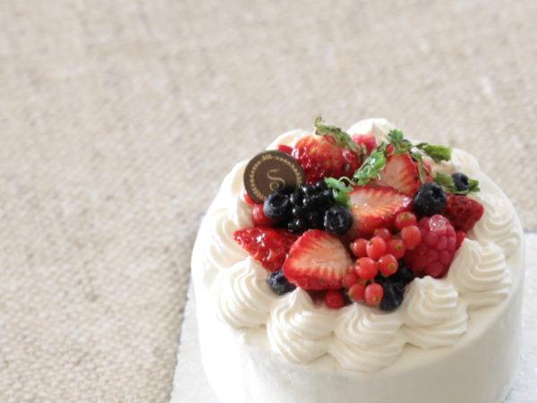 4、ベリーケーキ