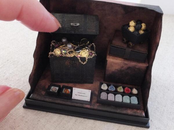miniature mineral ore handmade ミニチュア 石磨き 宝箱 鉱物