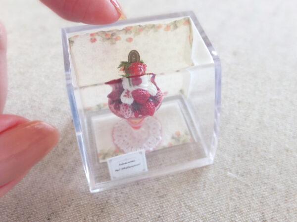 miniature ミニチュア いちご パフェ